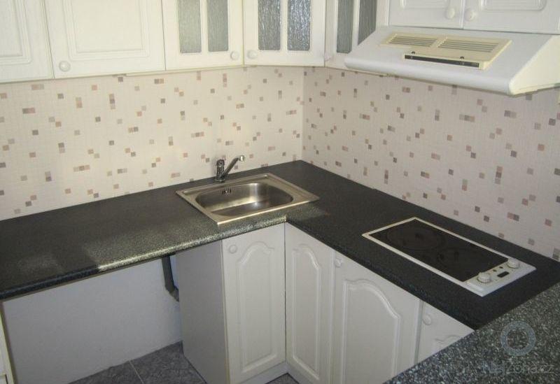 2017 08 Rekonstrukce bytu 2kk Praha po - kuchyň 2