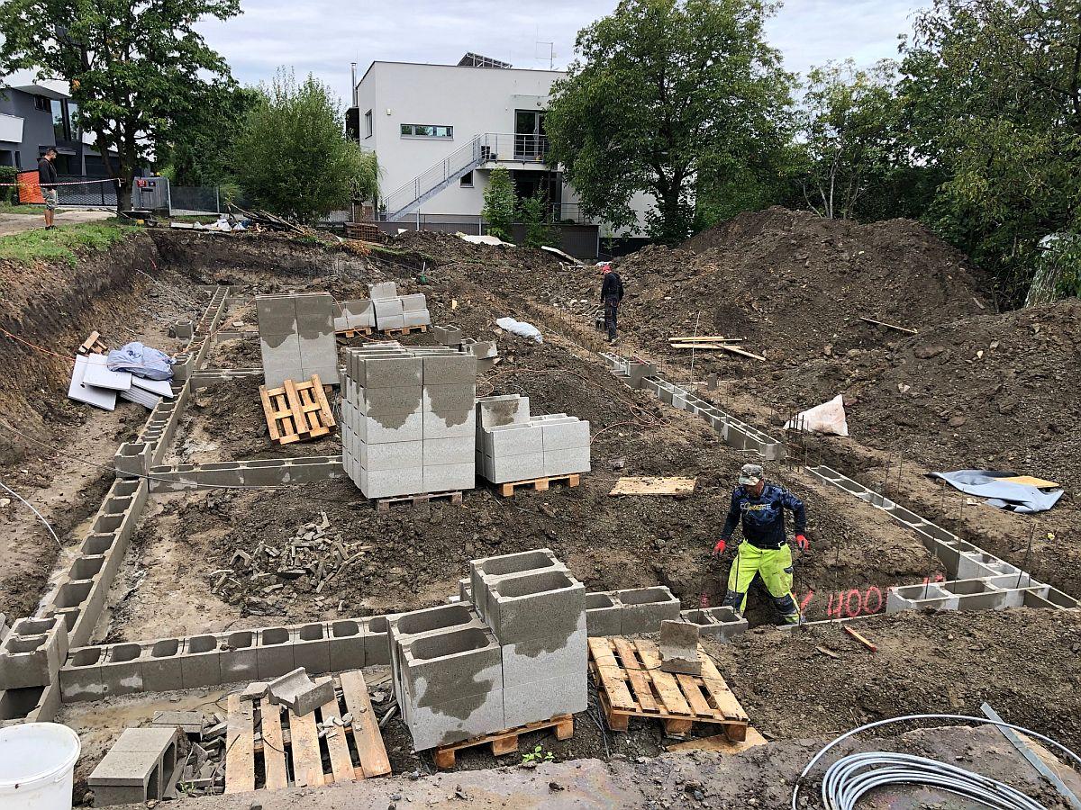 Základy domů