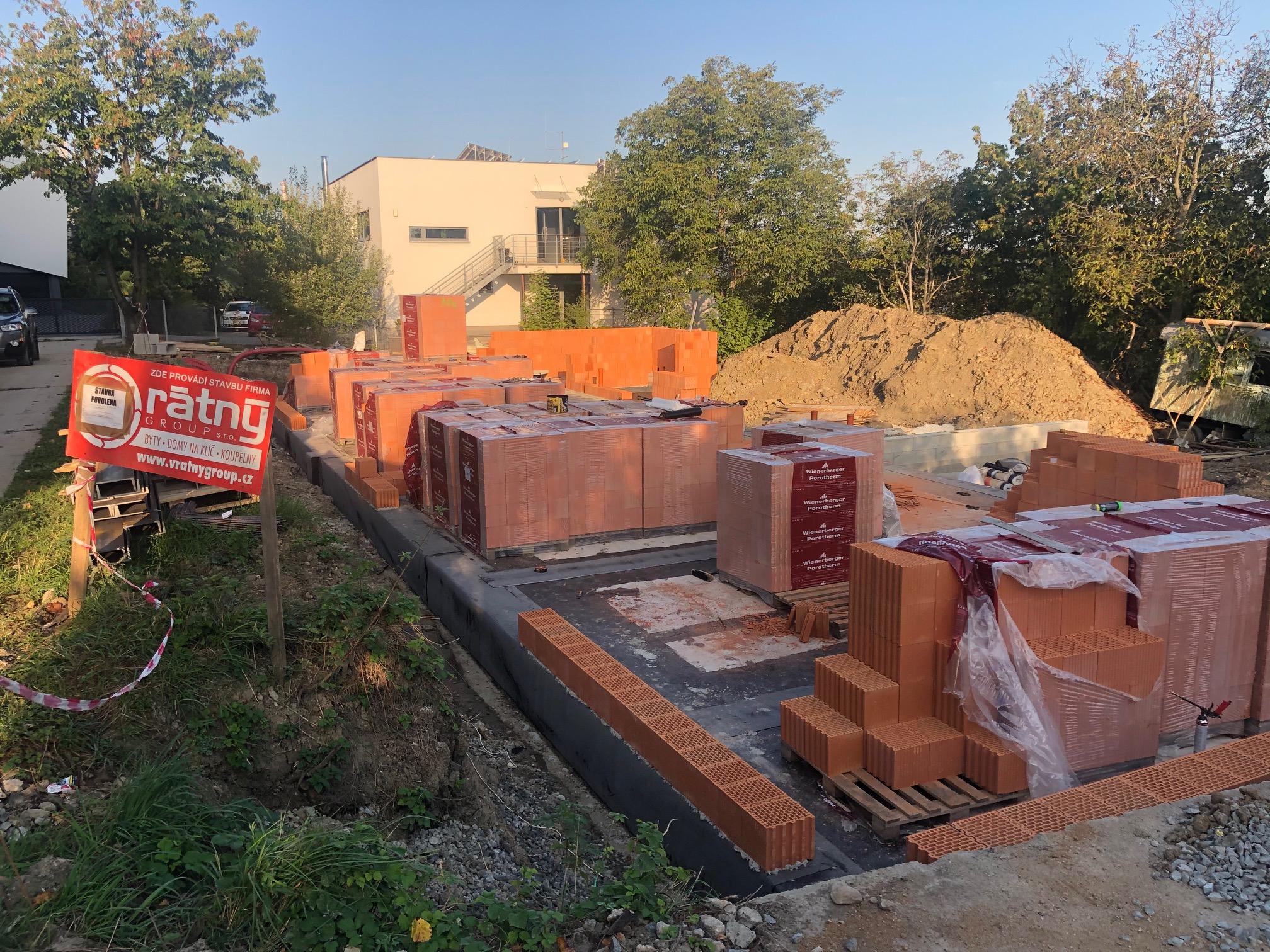 Zahájení hrubé stavby