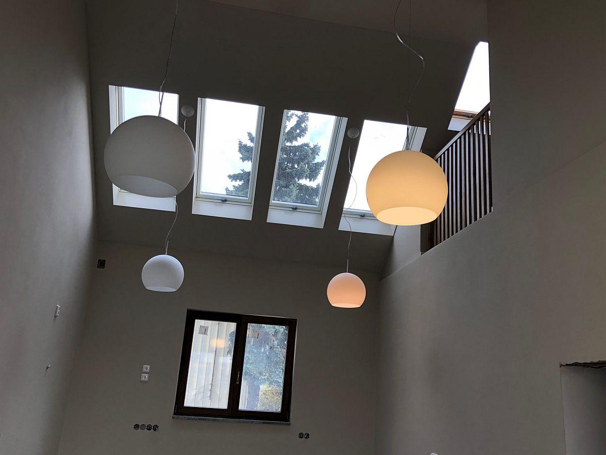 Dostavba domu Praha 10  - osvětlení místnosti