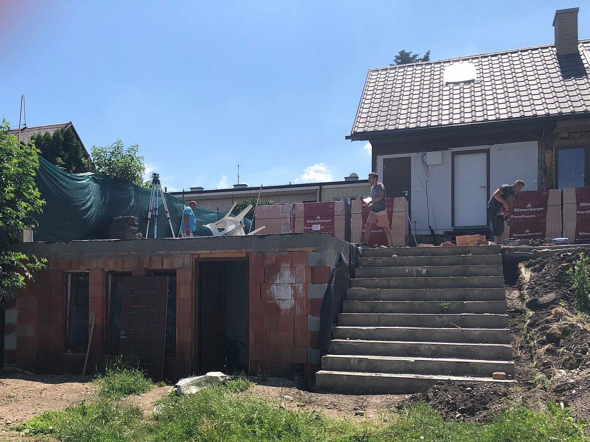 Dostavba domu Praha 10 - základová deska