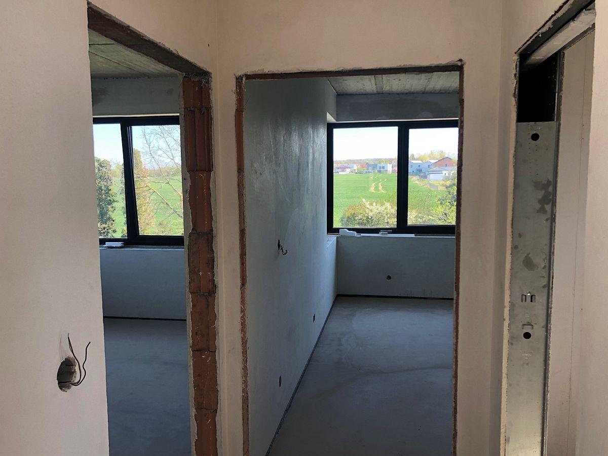 Dostavba domu Praha Cholupice - 14 dní před dokončením