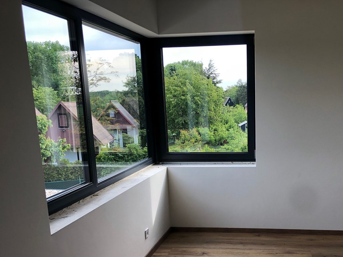 Výhled z oken do okolí