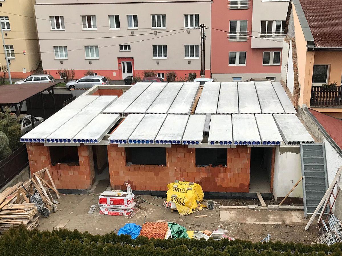 Stavba stropu 1. patra