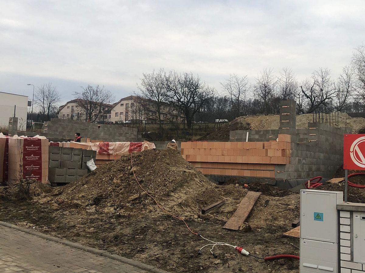 Postup hrubé stavby