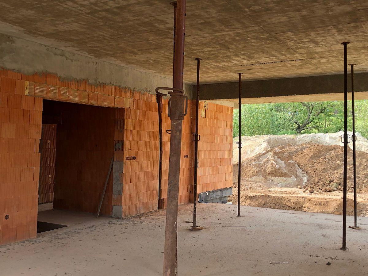 Podpěry stropů