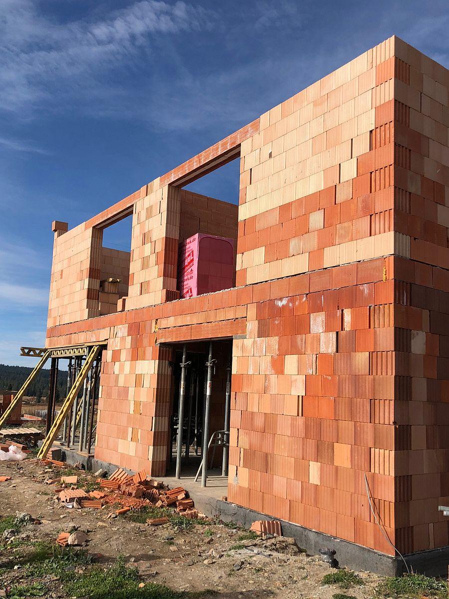 Hrubá stavba domu