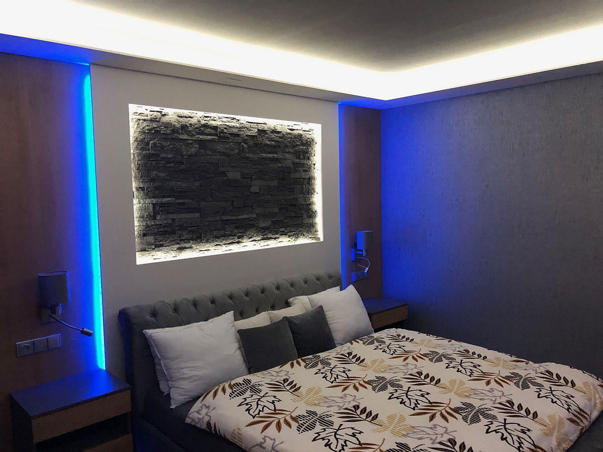 Luxusní byt 3kk na Božím Daru - ložnice s nočním osvětlením