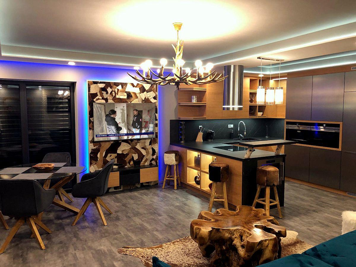 Luxusní byt 3kk na Božím Daru - obývací pokoj s kuchyňským koutem