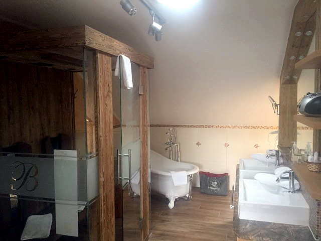 Rekonstrukce koupelny Praha, Hotel, 2017 2